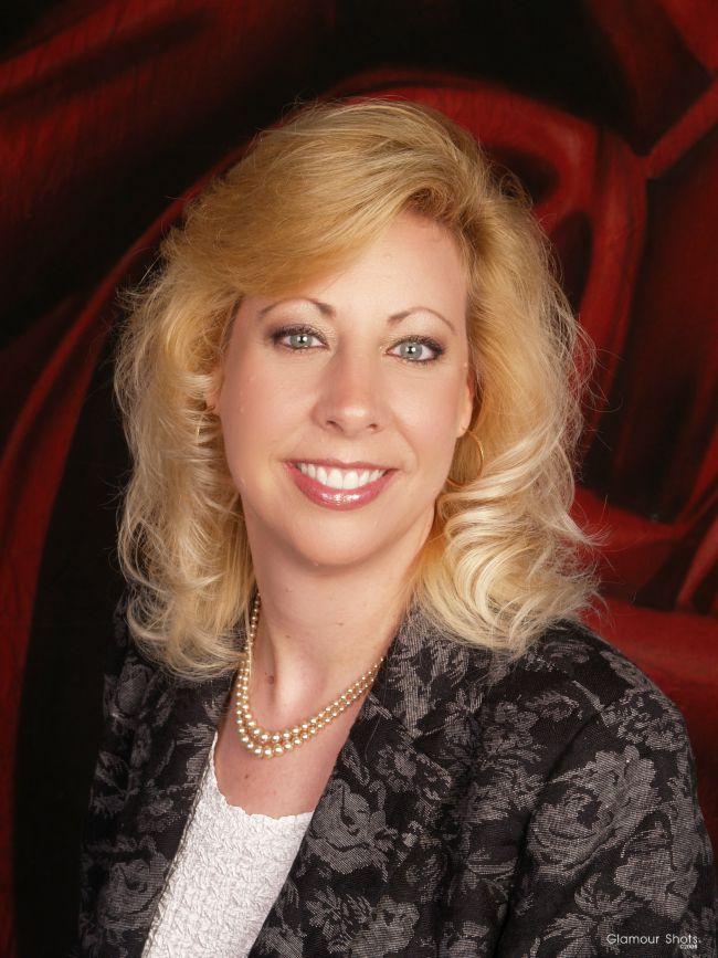 Linda_s_Business_Headshot_Photo